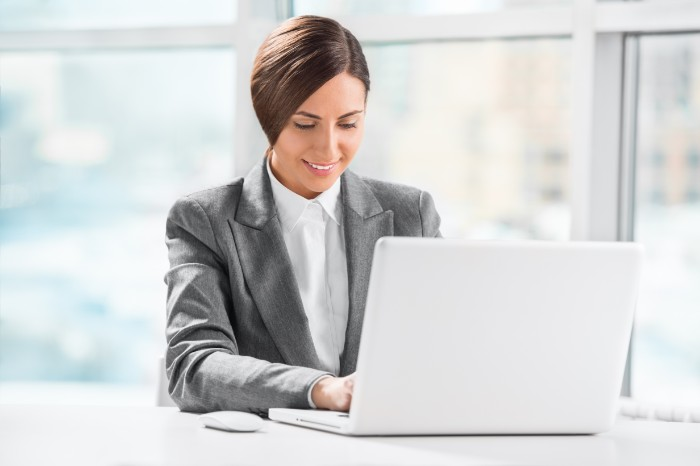 【入社2年目でも転職可能?】成功させるための方法やコツを徹底解説