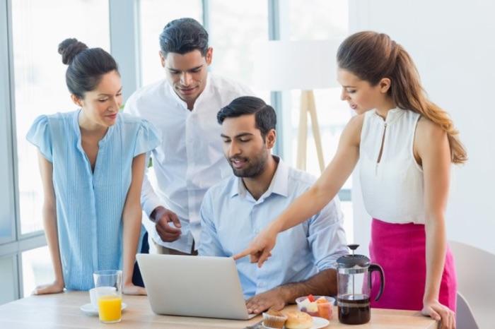 【ベンチャー企業への新卒就職は高リスク?】メリットや将来性も確認