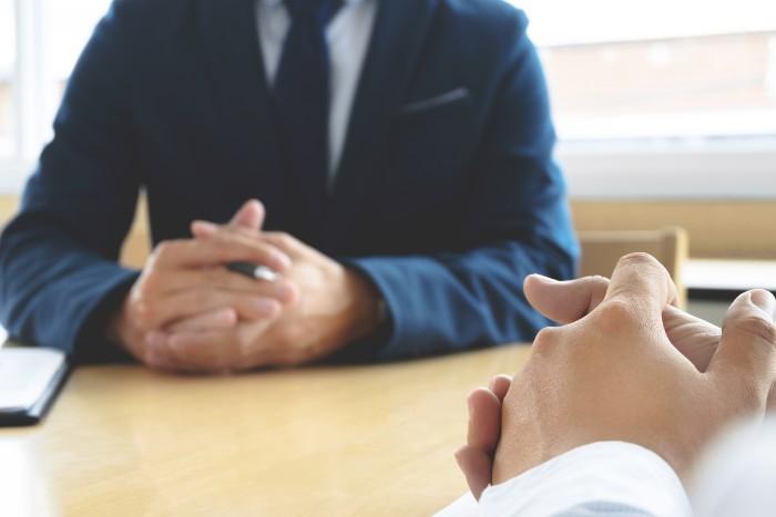 【転職で有利な資格ランキング】20代や30代40代別に徹底比較