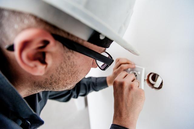 【因幡電機産業に転職するためには】様々な中途採用情報を公開します