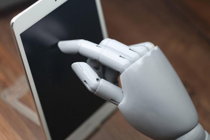 これからの時代にAI(人工知能)と共存していける職業とは?の画像