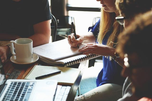 【ベルーナへ転職をするためには】様々な中途採用情報を公開します