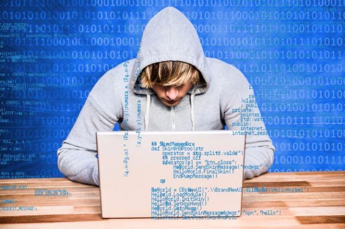 グロースハッカーの仕事内容と求められるスキルや資格とは?の画像