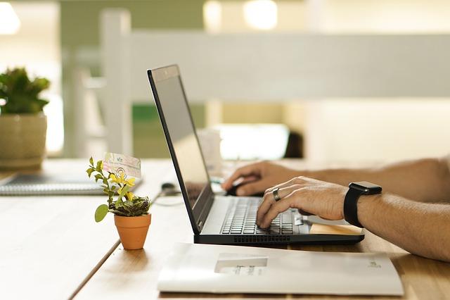 【フリービットへ転職をするためには】様々な中途採用情報を公開