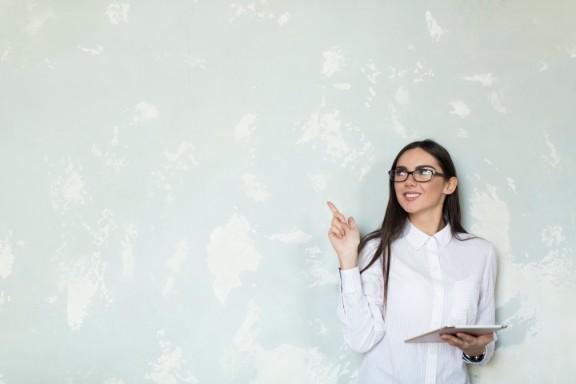 【大学生がプログラミングで稼ぐには?】メリットなどご紹介します