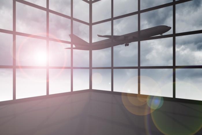 JAL(日本航空)の年収は高い?低い?ANAとの比較や業績推移も確認