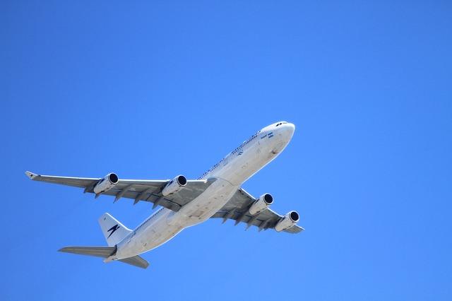 【日本航空へ就職するためには】気になる情報を詳しくご紹介