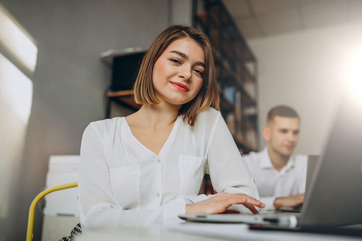 事務職の志望動機 履歴書・転職面接で使える例文・サンプル