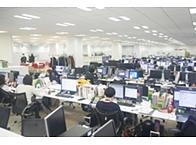 現在20代〜40代のスタッフが働いている オフィスです。